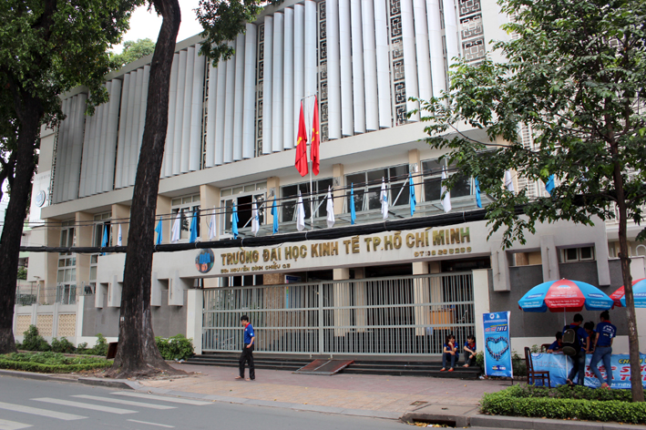 Hình ảnh trường Đại học kinh tế tphcm đào tạo xuất nhập khẩu