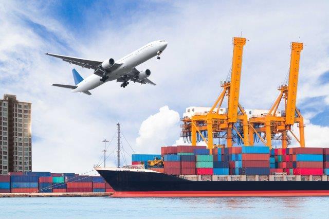 học xuất nhập khẩu thực tế