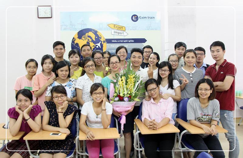 top 5 trung tâm xuất nhập khẩu tốt nhất Hà Nội và TPHCM