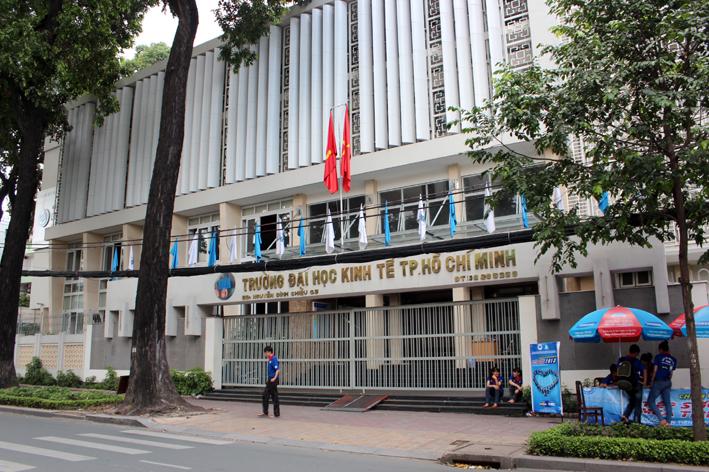 khóa học xuất nhập khẩu đại học kinh tế tphcm